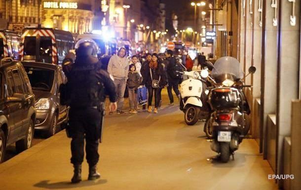 Расстрел полицейских в Париже: личность стрелка установлена