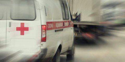 В Китае ребенка переехали два авто: малышка осталась жива