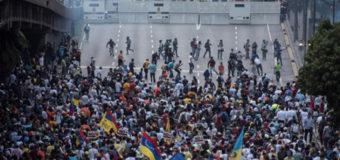 Противники президента Венесуэлы вышли на улицы