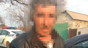 В Запорожье бомж ограбил женщину, которая приютила его