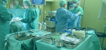 Врачи ампутировали девочке ногу из-за инфекции горла
