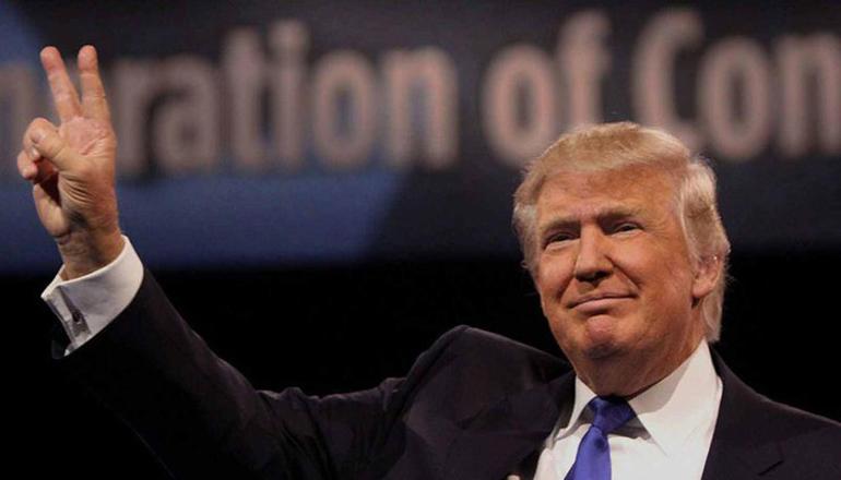 Трамп переедет жить на военный корабль