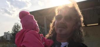 Жена Игоря Николаева показала дочь, которая растет копией своего отца. Фото