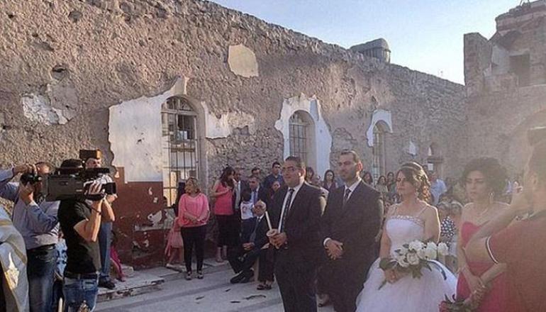 Трагедия в Индии: во время свадьбы обрушился балкон