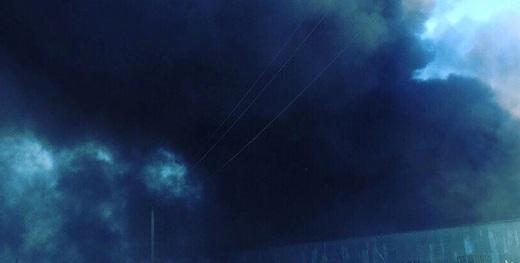 Масштабный пожар на Киевщине: горит суконная фабрика. Фото