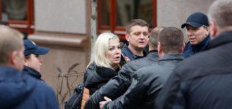 Максакова: Накануне убийства Вороненкова похитили его водителя. Видео