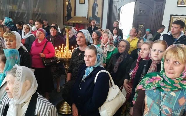В Запорожье прошла вечерняя молитва-протест