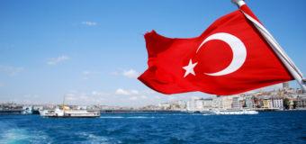 Украинцы устремились на курорт в Турцию