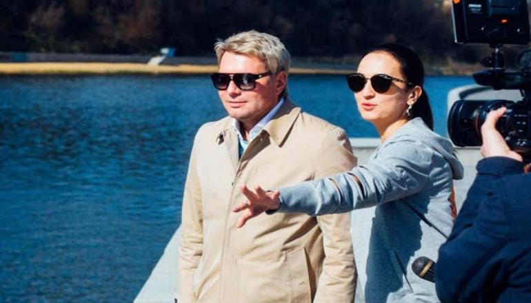 Возлюбленная Николая Баскова слишком занята, чтобы рожать детей