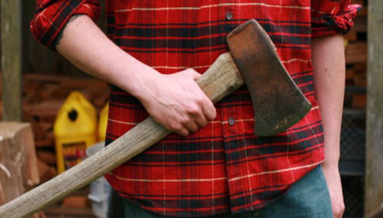 На Киевщине орудовал хулиган с топором