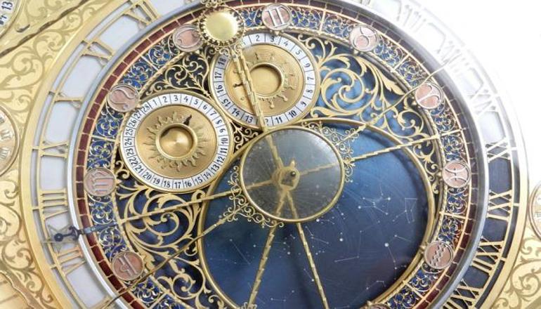Киевлянин собрал самую большую коллекцию часов в стране. Видео