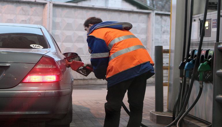 В Украине проще всего найти работу на автозаправке