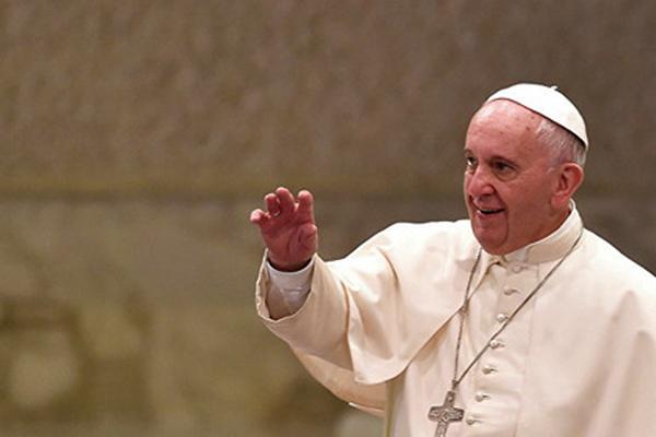 Харьковским переселенцам поможет Папа Римский