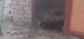 На Николаевщине 2-летний мальчик провалился в выгребную яму. Фото