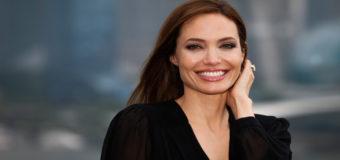Папарацци заметили Анджелину Джоли в супермаркете. Фото