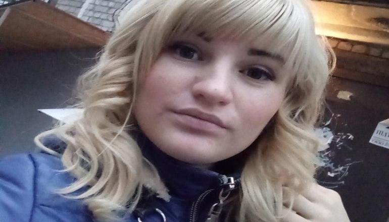 В Киеве суд продлил арест горе-матери, которая бросила детей на 11 дней. Фото
