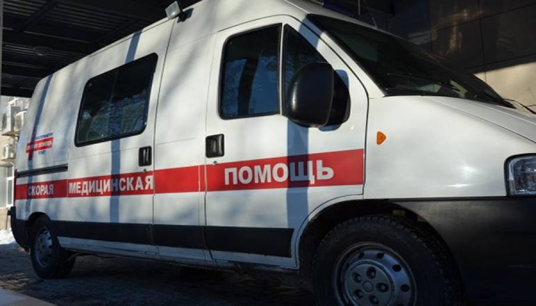 В Чернигове посетитель с топором напал на прокурора