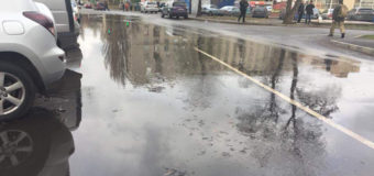 В Киеве жилой массив Отрадный «затопило» кипятком. Фото
