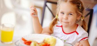 В Киеве разгорелся скандал из-за питания в детских садах