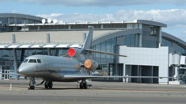 В аэропорту «Киев» из-за драки пассажиров задержались два рейса