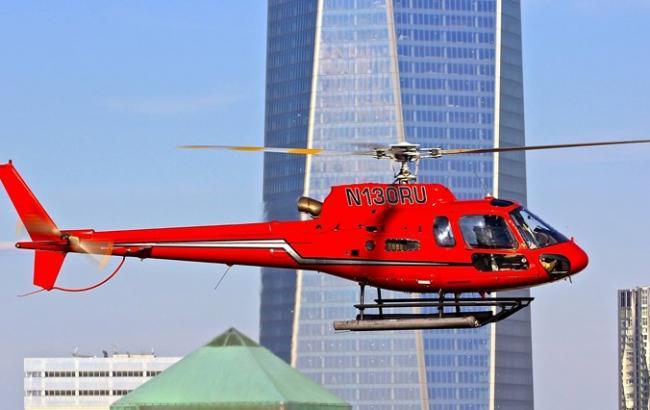 В Нью-Йорке рухнул экскурсионный вертолет, выжил только пилот