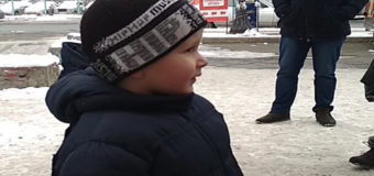 В Киеве 4-летний мальчик сбежал от бабушки. Видео
