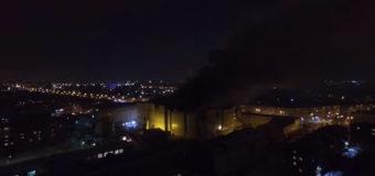 При пожаре в торговом центре в Кемерово погибло более 50 человек. Видео
