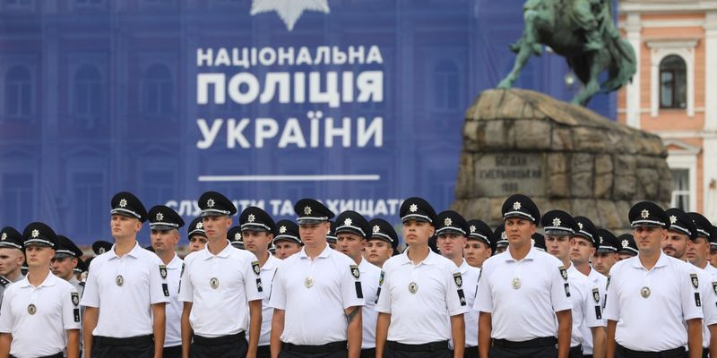 Петр Порошенко: Украинская полиция приближается к европейским стандартам