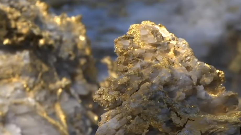 В Австралии шахтер нашел 90 кг золота. Видео
