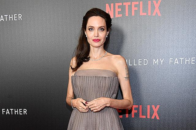 Анджелина Джоли заявила, что не собирается замуж
