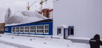 На Киевщине обрушилась крыша спортзала с детьми