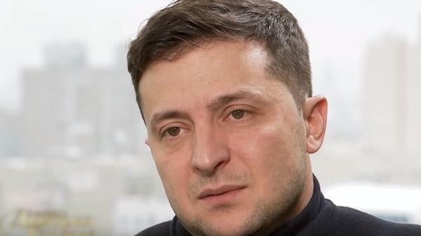 Зеленский с первых шагов в политике обманывает избирателей — блогер