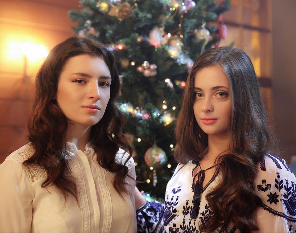 Петр Порошенко поздравил своих дочек-близняшек с днем рождения