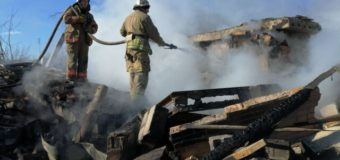 Обстрел на Донбассе: загорелся жилой дом