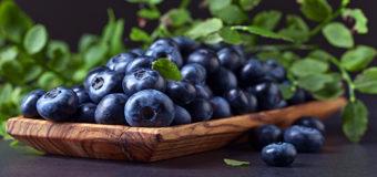 Диетологи рассказали, какие продукты нужно есть, чтобы сохранить молодость