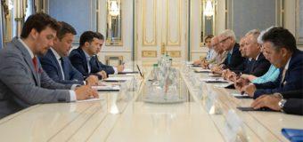 Владимир Зеленский встретился с представителями Ялтинской европейской стратегии