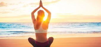 Йога помогает сбросить вес и улучшить настроение