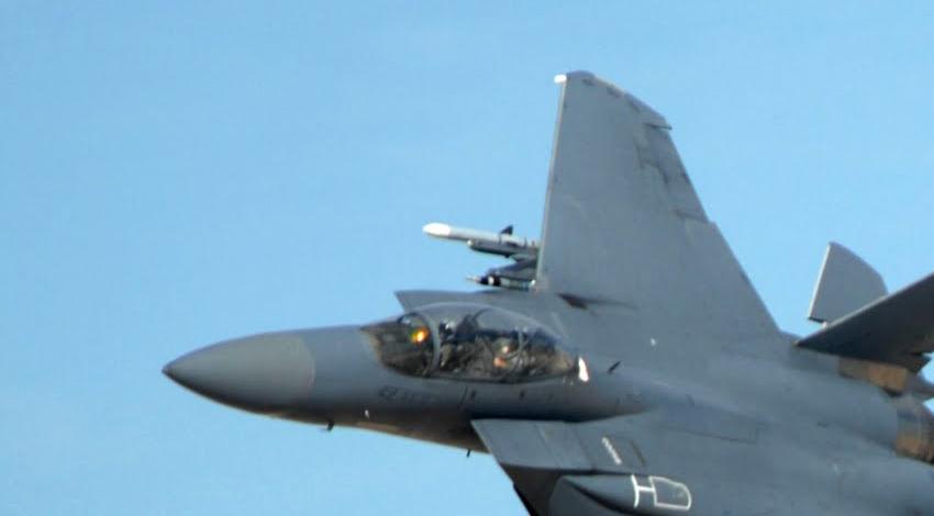 Украина рассматривает возможность закупки у США истребителей F-15