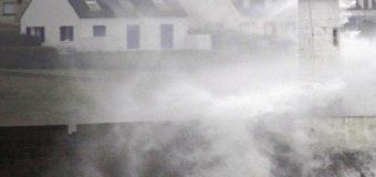 Во Франции ликвидируют последствия урагана