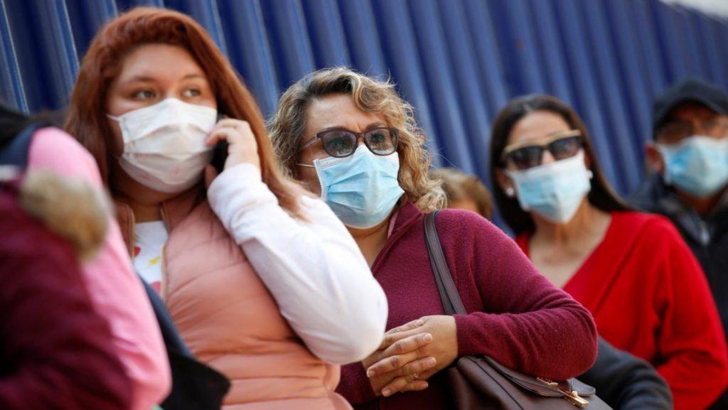 Карантин в Украине продлили из-за роста числа зараженных коронавирусом