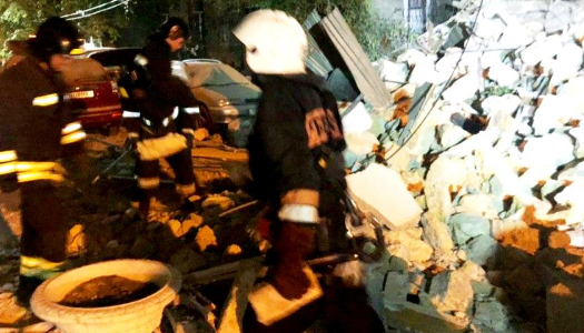 В Одессе частично обрушился жилой дом. Видео