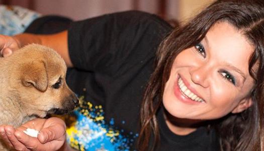 Руслана рассказала о необычном голосе своей собаки. Фото