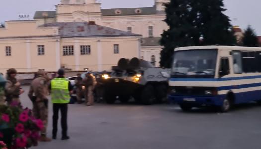 В Луцке освободили всех заложников и задержали террориста. Фото