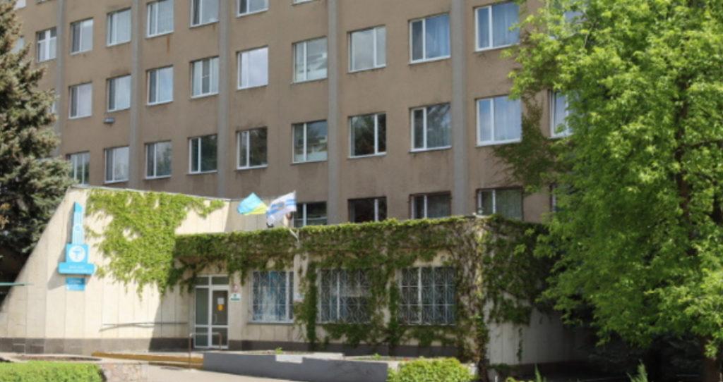 Миколаївська міська лікарня №3 буде приймати захворівших на COVID-19