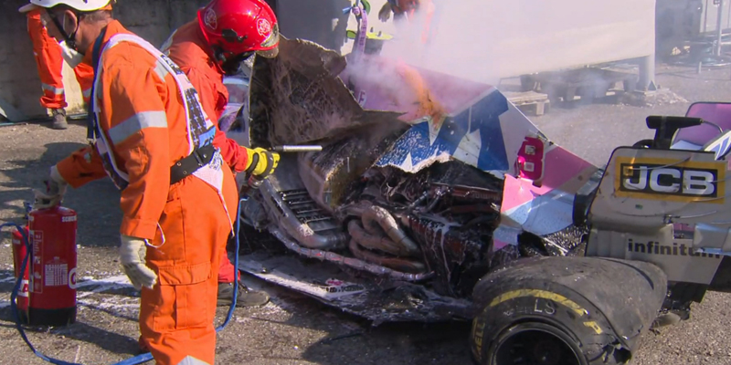 9-й этап Формулы-1: лютый трэш, хаос и аварии. Фото