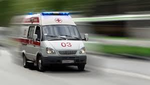 В центре Николаева произошла авария: на дороге лежат двое